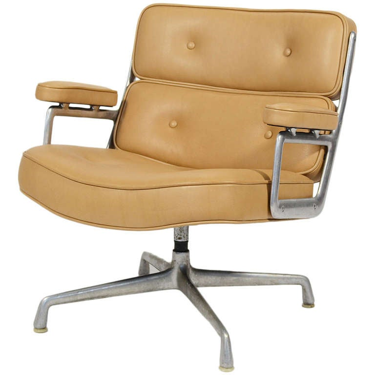 Charles and ray eames time life lobby chair by herman for Eames lobby chair replica