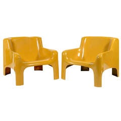 "Pair of Carlo Bartoli ""Gaia"" lounge chairs by Arflex"