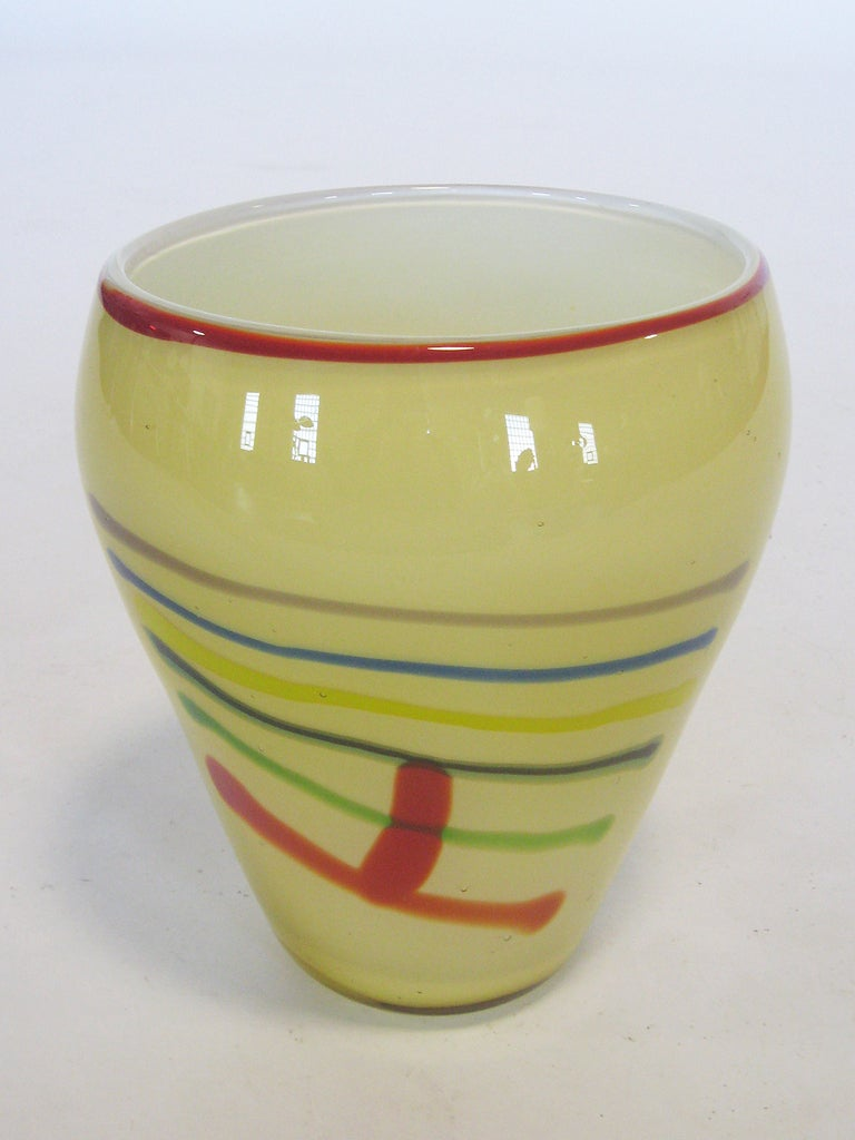 Large Art Glass Vase With Linear Design 5