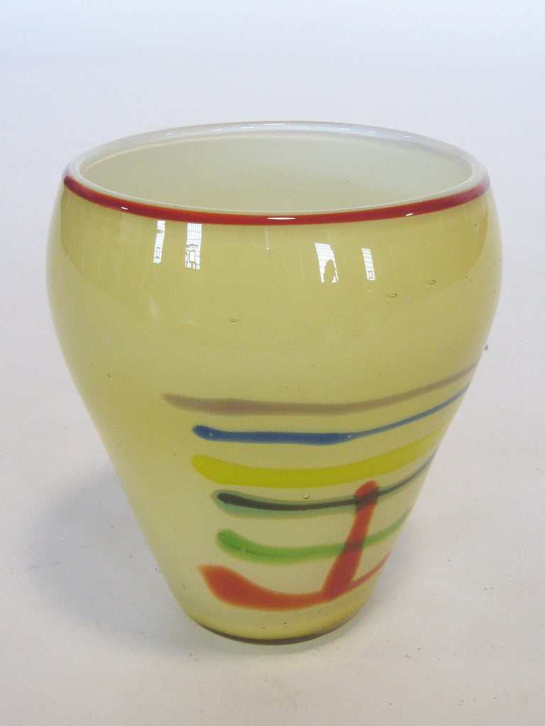 Large Art Glass Vase With Linear Design 6