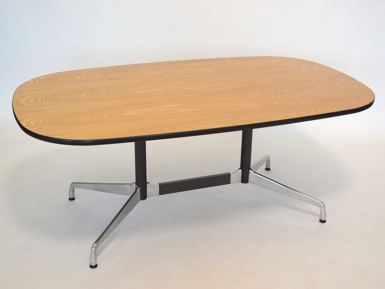 eames segmented base table by herman miller at 1stdibs. Black Bedroom Furniture Sets. Home Design Ideas