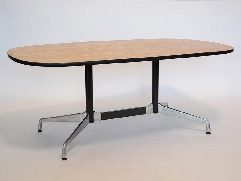 eames segmented base table by herman miller at 1stdibs. Black Bedroom Furniture Sets. Home Design Ideas