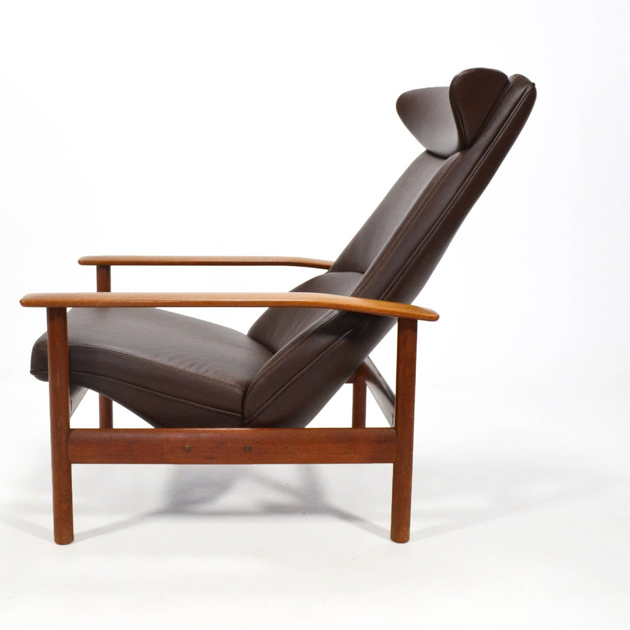 Sven Ivar Dysthe Reclining Lounge Chair In Excellent Condition For Sale In Highland, IN