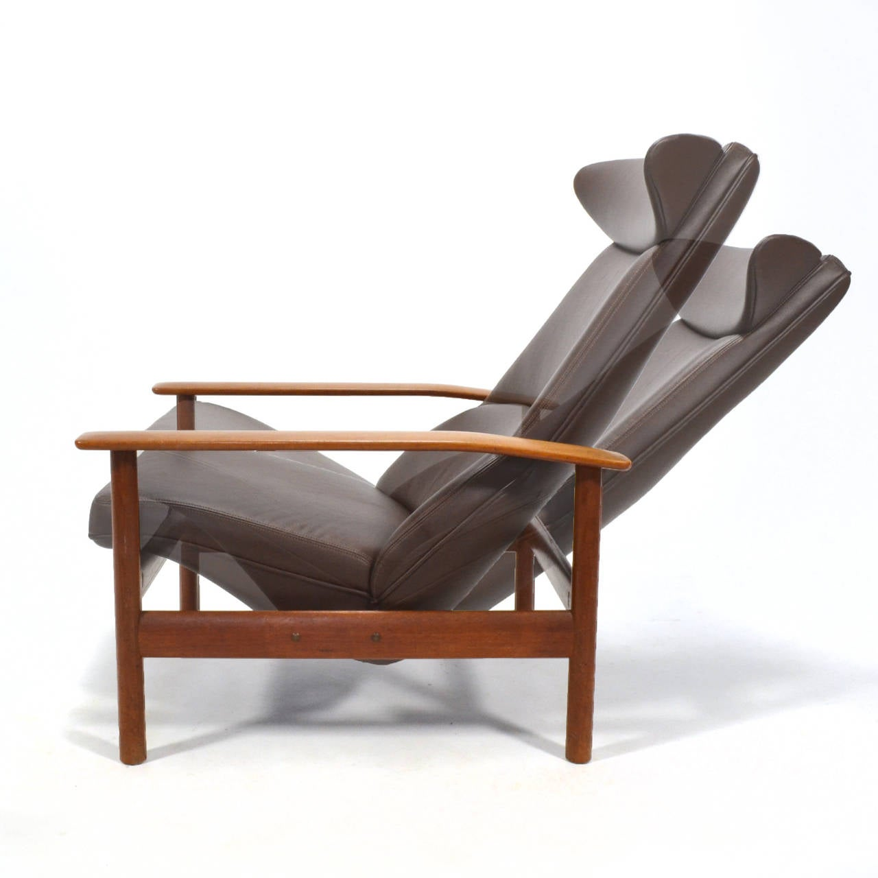 Mid-20th Century Sven Ivar Dysthe Reclining Lounge Chair For Sale
