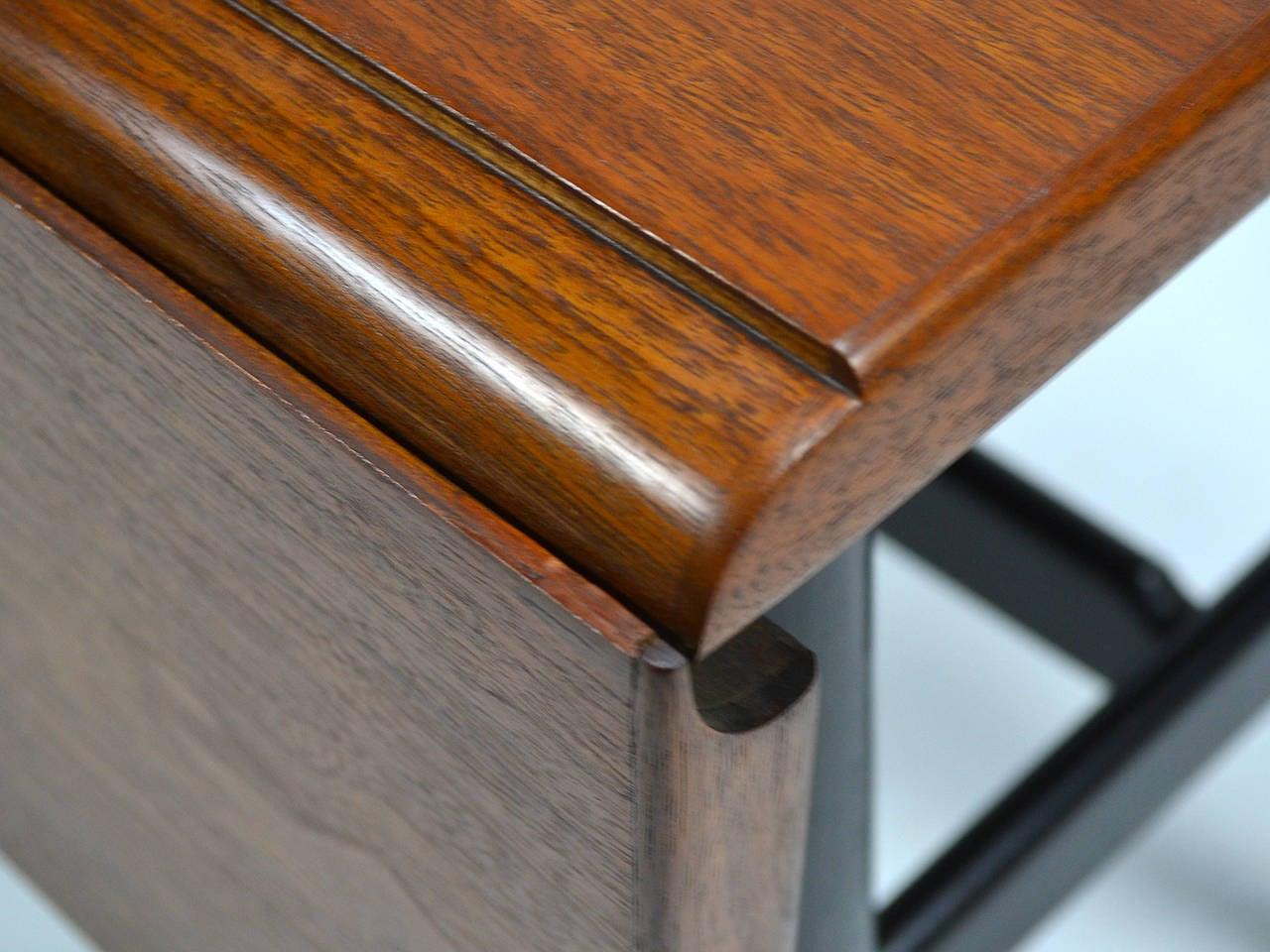 Finn Juhl Drop-Leaf Coffee Table For Sale 2