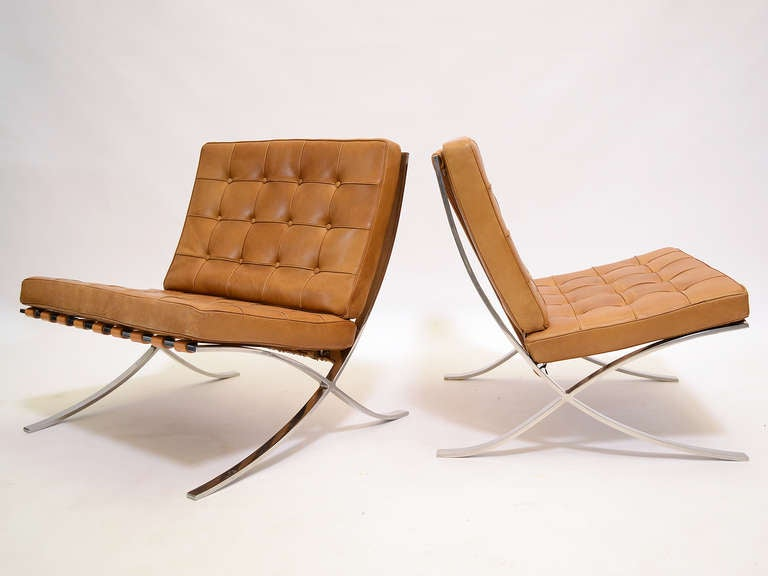 Pair of Ludwig Mies van der Rohe Barcelona chairs by Knoll 2