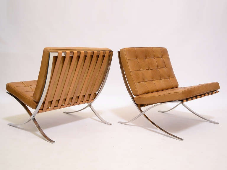 Pair of Ludwig Mies van der Rohe Barcelona chairs by Knoll 3