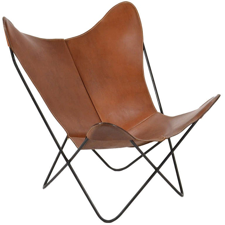 butterly chair with leather sling by jorge ferrari hardoy for knoll at 1stdibs. Black Bedroom Furniture Sets. Home Design Ideas