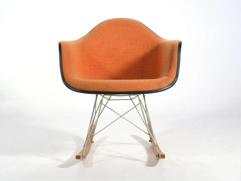 "Favori Eames ""Baby Rocker"" RAR by Herman Miller with Alexander Girard  SY13"