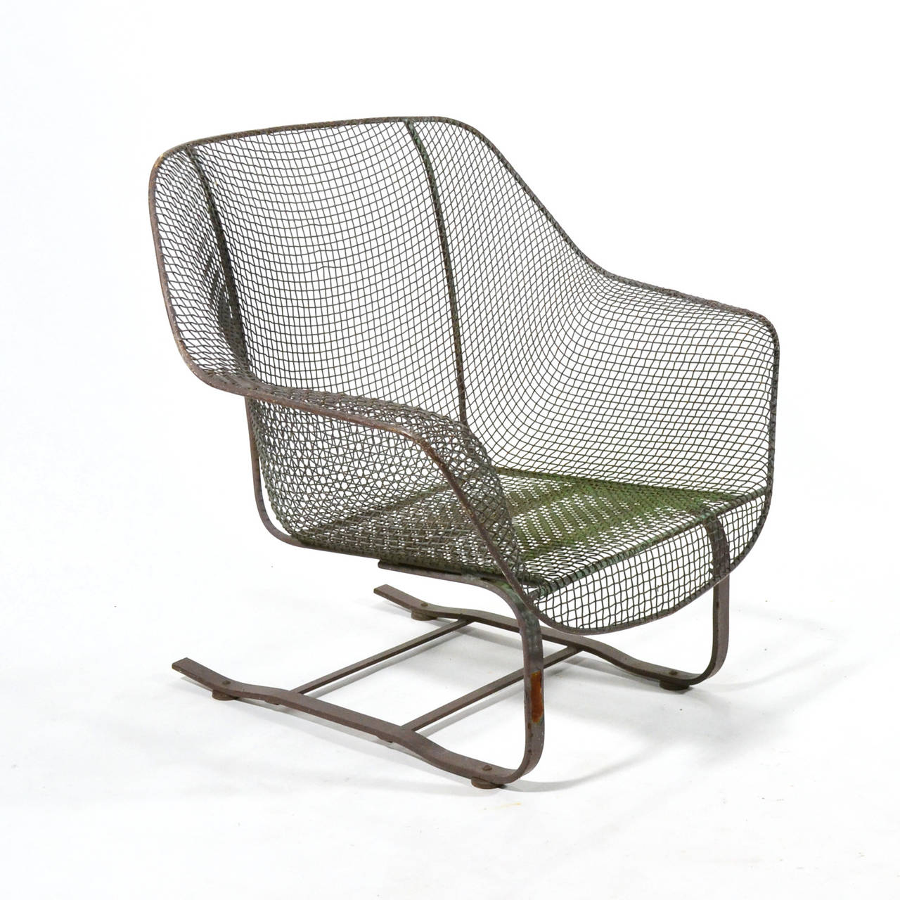 Woodard Sculptura Cantilevered Lounge Chair at 1stdibs