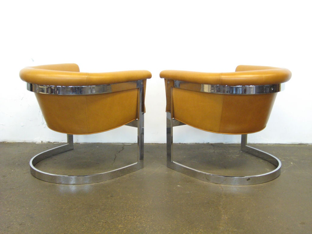Pair of Milo Baughman lounge chairs by Thayer Coggin 1
