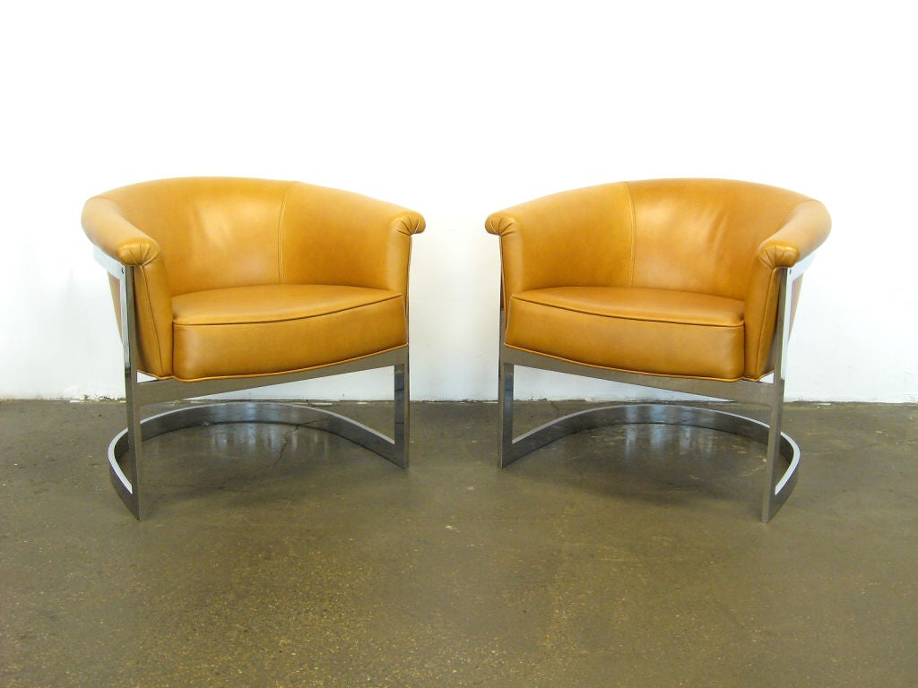 Pair of Milo Baughman lounge chairs by Thayer Coggin 4