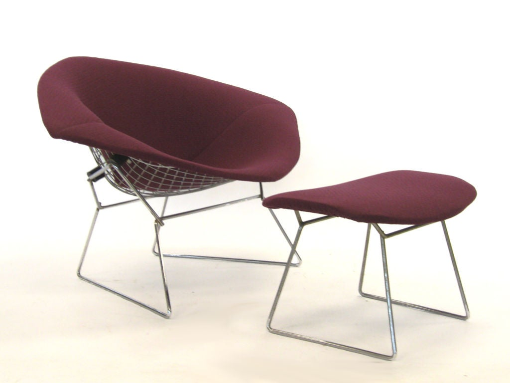 bertoia wide diamond chair and ottoman by knoll at 1stdibs. Black Bedroom Furniture Sets. Home Design Ideas