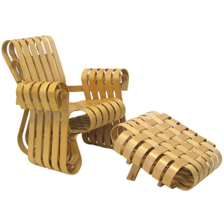 Frank Gehry Powerplay Lounge Chair And Ottoman By Knoll At 1stdibs