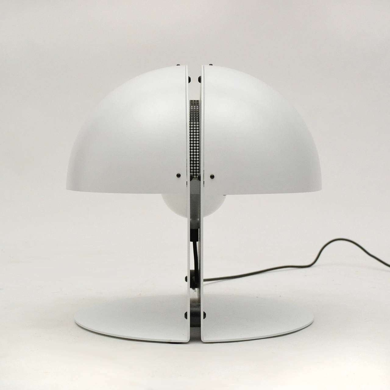 Steel Italian Table Lamp in the Manner of Castiglioni For Sale