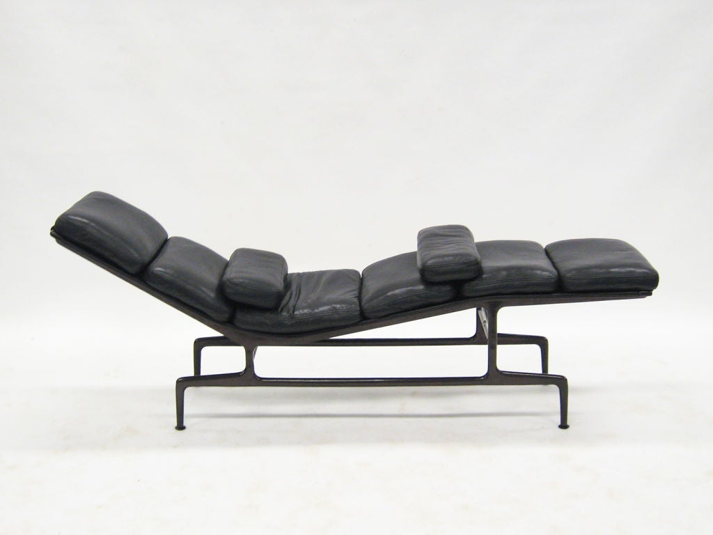 Eames billy wilder chaise lounge by herman miller at 1stdibs for Eames chaise
