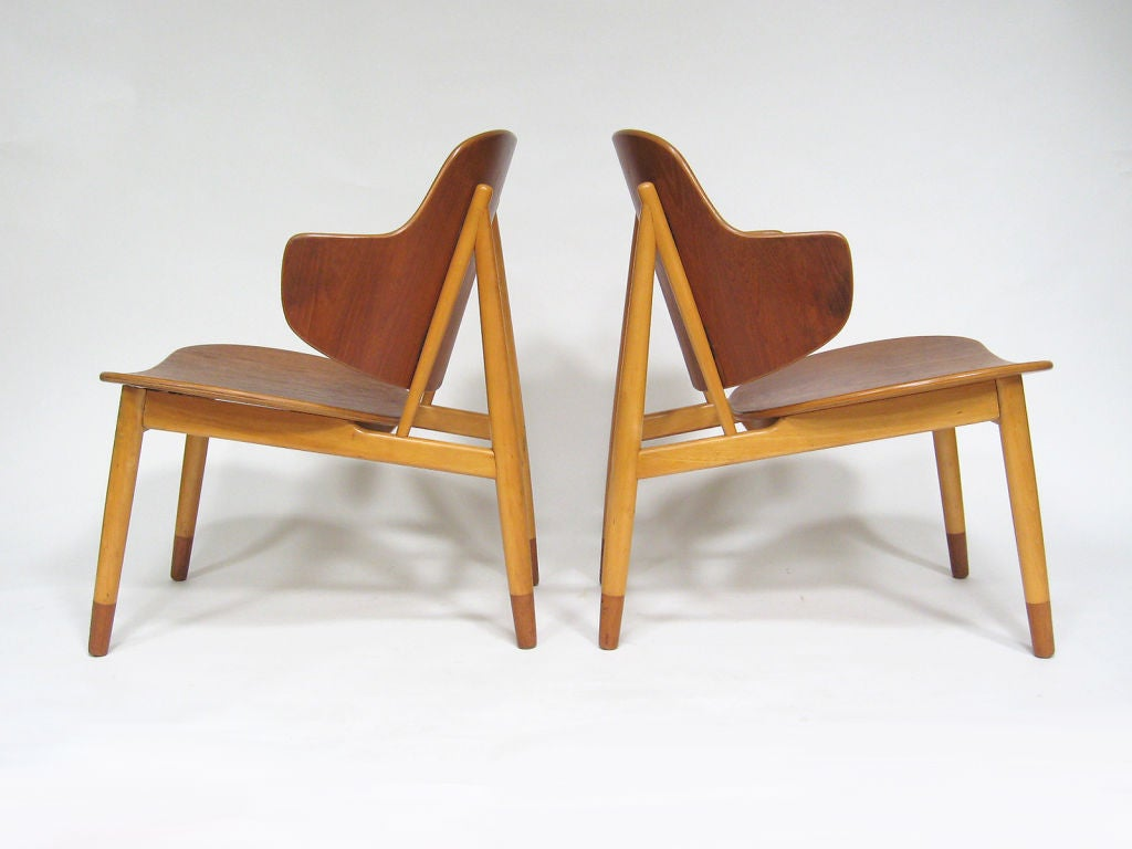 This sculptural pair of lounge chairs by ib kofod larsen is no longer - Pair Of Lounge Chairs In Teak And Birch By Ib Kofod Larsen 3