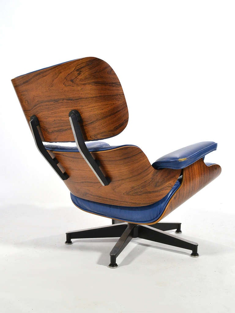 American Rare Eames 670 Lounge Chair with Cobalt Blue Leather by Herman Miller