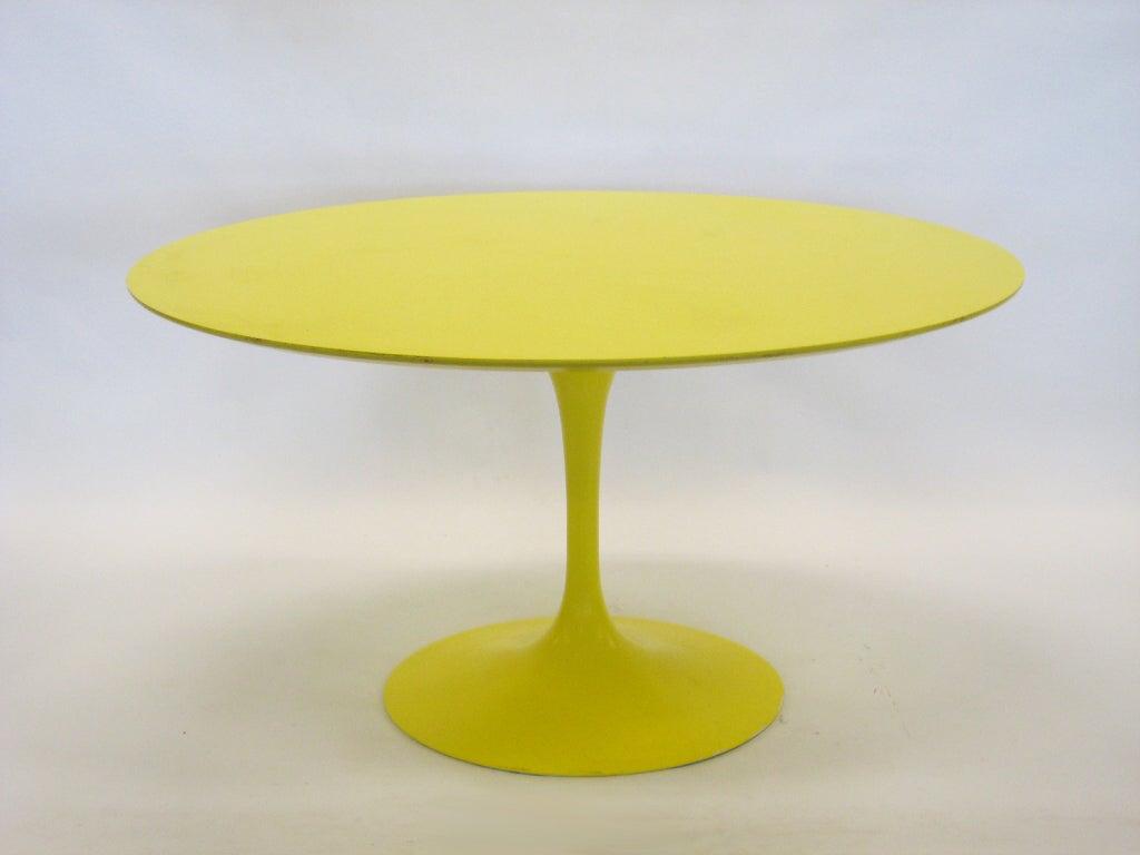 eero saarinen tulip table in vivid yellow by knoll at 1stdibs. Black Bedroom Furniture Sets. Home Design Ideas