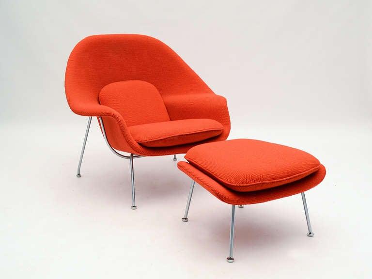 Eero Saarinen womb chair and ottoman in cato fabric 3