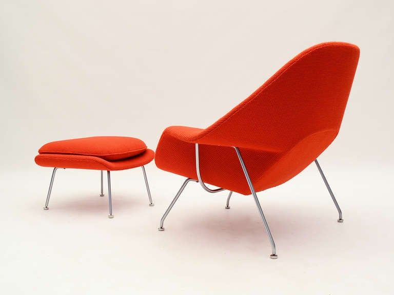 Eero Saarinen womb chair and ottoman in cato fabric 5
