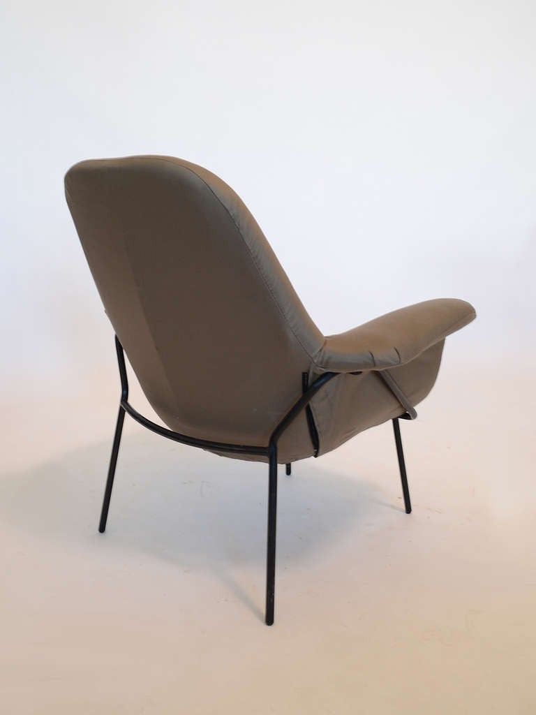 """Giancarlo De Carlo """"Lucania"""" Lounge Chair by Arflex In Good Condition For Sale In Highland, IN"""