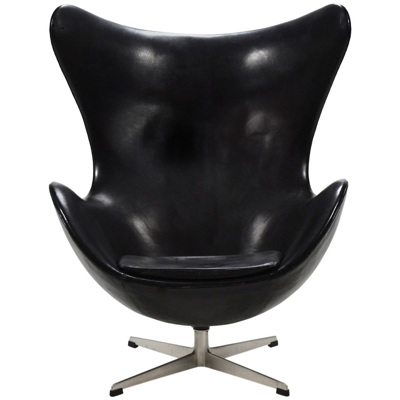 arne jacobsen early egg chair in original black leather for sale - Silla Egg