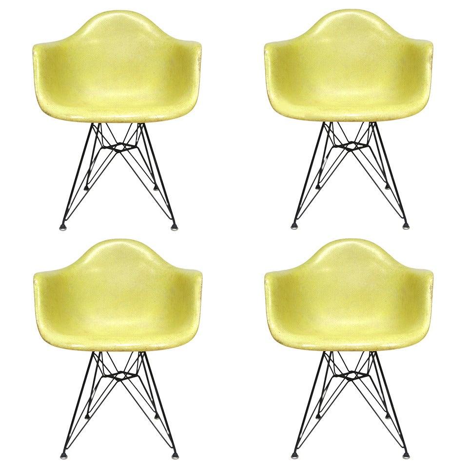 Eames DAR 'Eiffel' Chair
