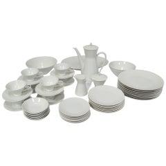 Rosenthal Form 2000 dinnerware set by Raymond Loewy