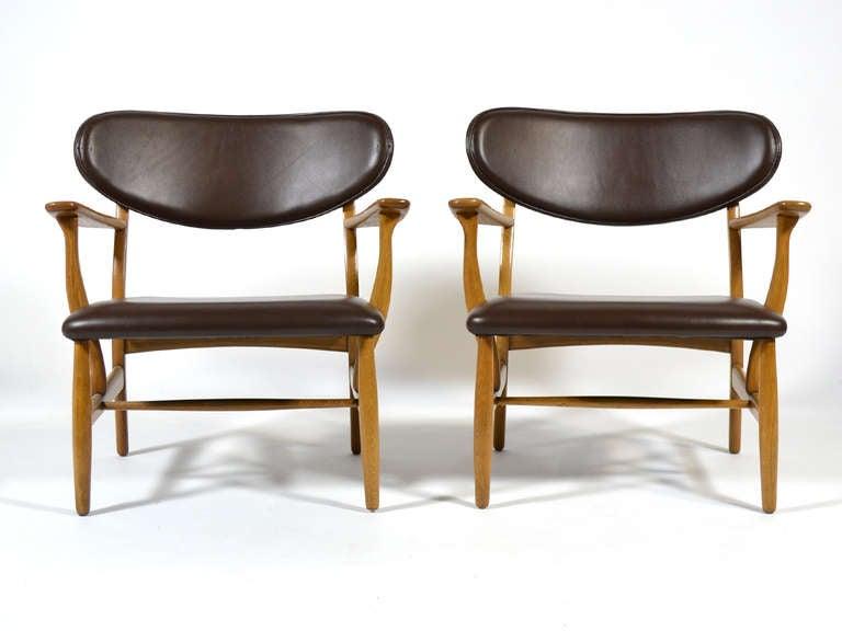 Rare Pair of Hans Wegner CH22 Easy Chairs by Carl Hansen 2