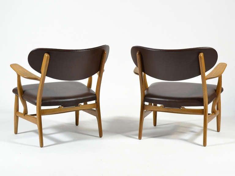 Rare Pair of Hans Wegner CH22 Easy Chairs by Carl Hansen 6