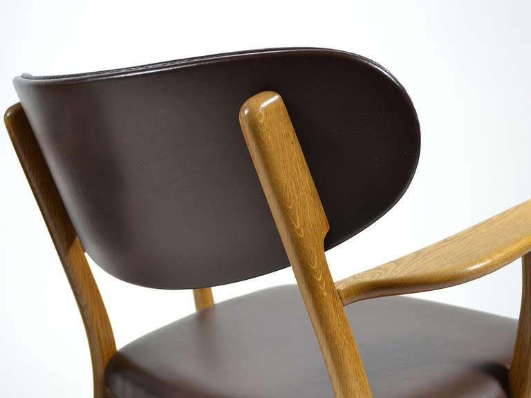 Rare Pair of Hans Wegner CH22 Easy Chairs by Carl Hansen 8