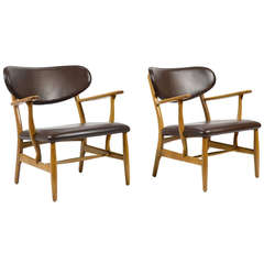 Rare Pair of Hans Wegner CH22 Easy Chairs by Carl Hansen