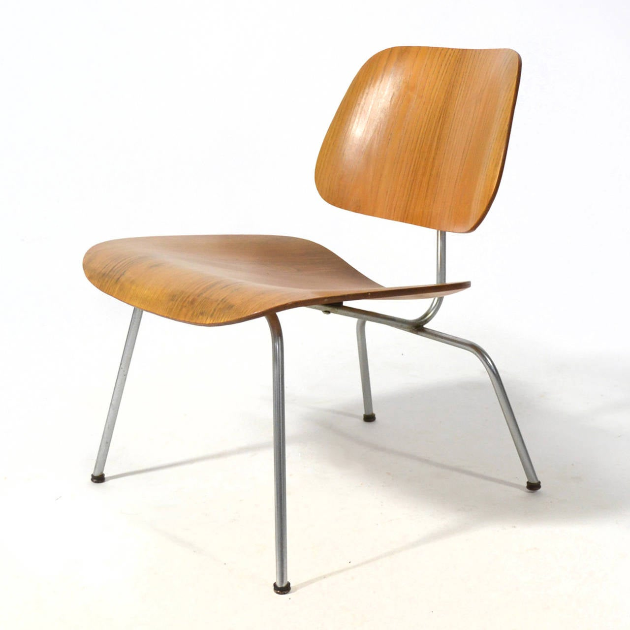 Bent plywood chair eames - Eames Lcm Lounge Chair By Herman Miller With Developmental Mounts 2