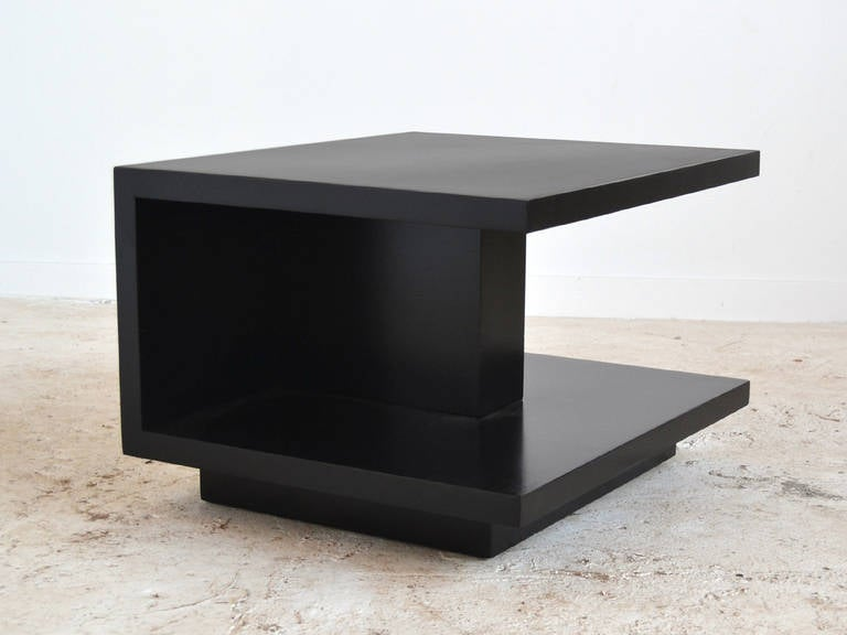 American Van Keppel and Green VKG Side or End Table For Sale