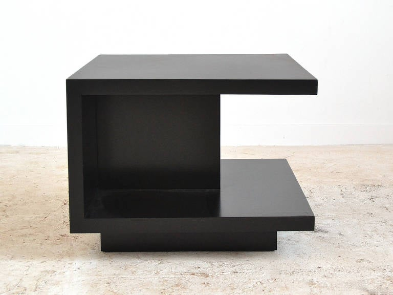 Van Keppel and Green VKG Side or End Table In Good Condition For Sale In Highland, IN