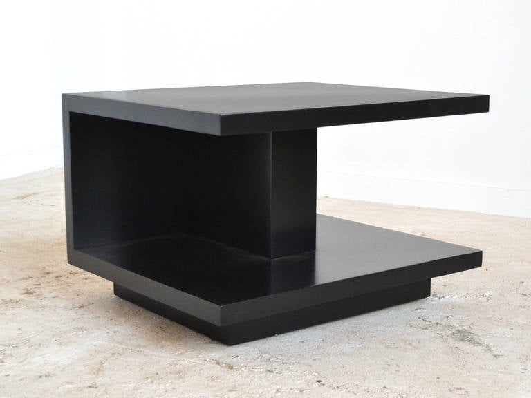 Mid-20th Century Van Keppel and Green VKG Side or End Table For Sale