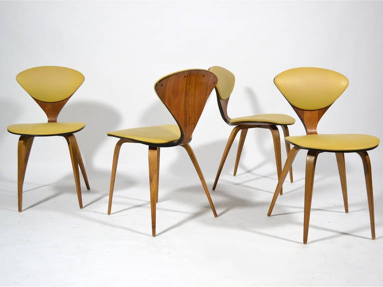 set of four cherner chairs by plycraft 3
