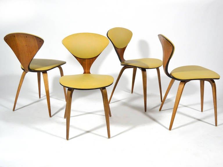 set of four cherner chairs by plycraft 2