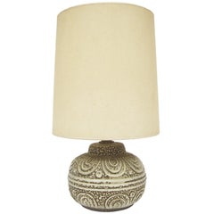 Table Lamp With Patterned Textural Base