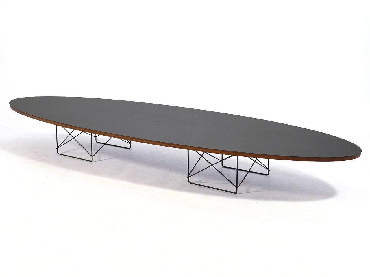 eames etr surfboard coffee table by herman miller at 1stdibs. Black Bedroom Furniture Sets. Home Design Ideas