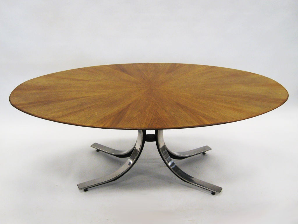 Mid-Century Modern Osvaldo Borsani Style Dining or Conference Table For Sale