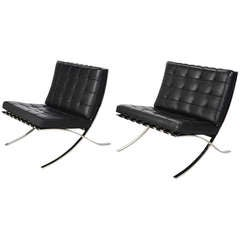 Ludwig Mies van der Rohe Barcelona Chairs by Knoll