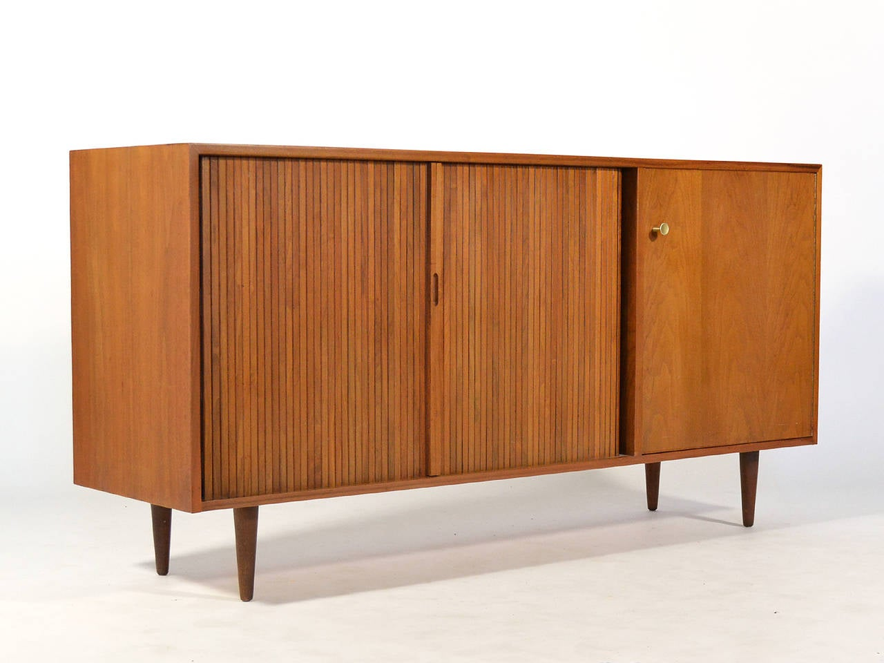 Milo Baughman Credenza by Glenn of California For Sale 1