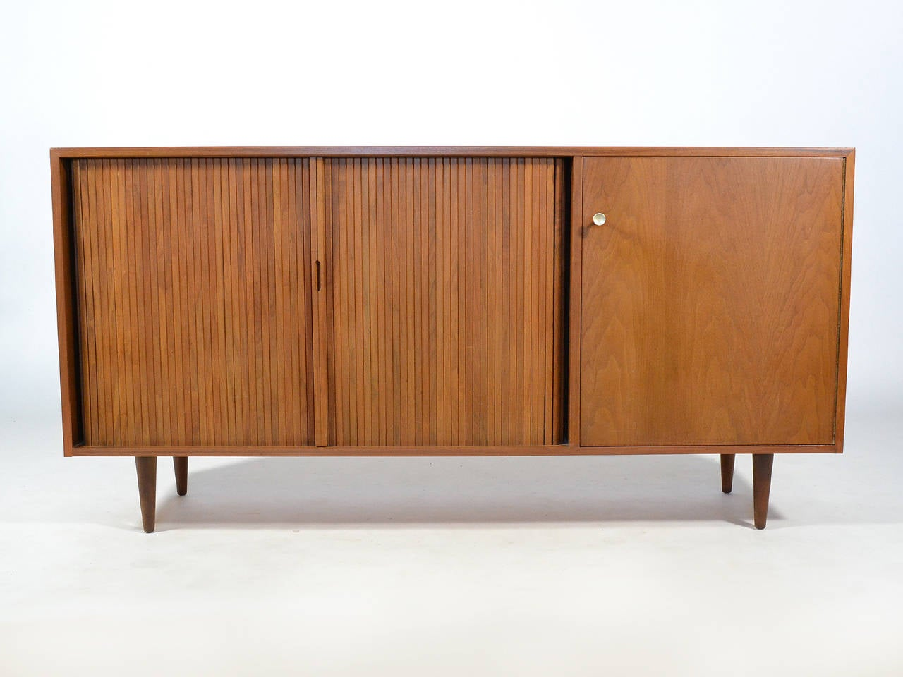 Milo Baughman Credenza by Glenn of California For Sale 3