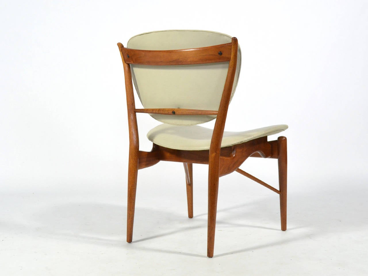 Finn Juhl Dining Table and Chairs For Sale 2