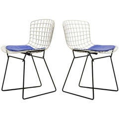 Pair of Bertoia child's chairs by Knoll