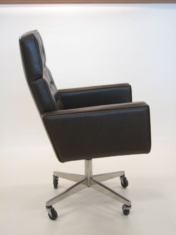 Vincent Cafiero Executive Task Chair By Knoll At 1stdibs