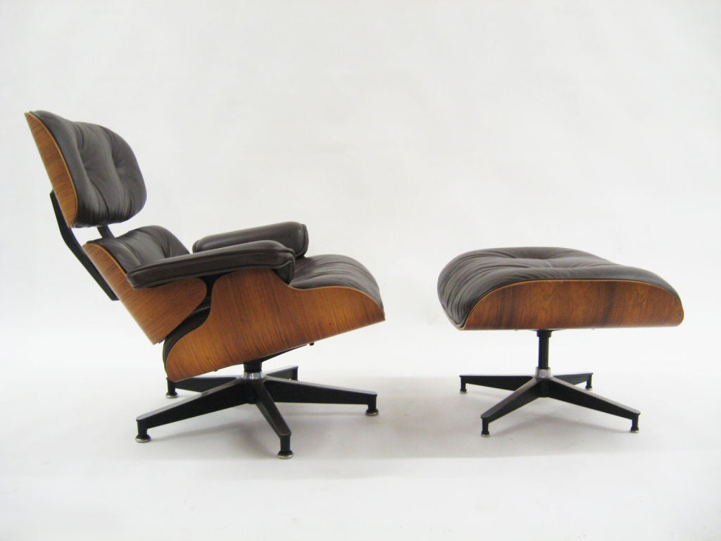 Eames rosewood & brown leather lounge & ottoman by Herman Miller For Sale 5