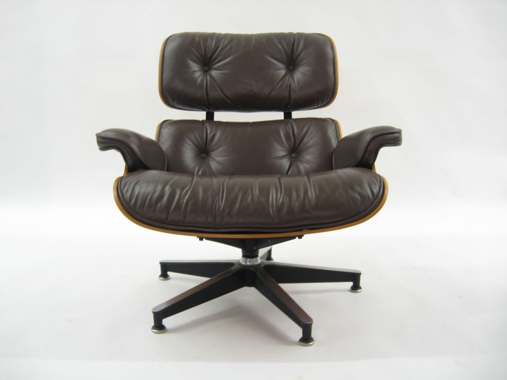 Upholstery Eames rosewood & brown leather lounge & ottoman by Herman Miller For Sale